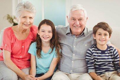 「夫側の両親」vs.「妻側の両親」ライバルじゃないけど、温度差ってどのぐらい?