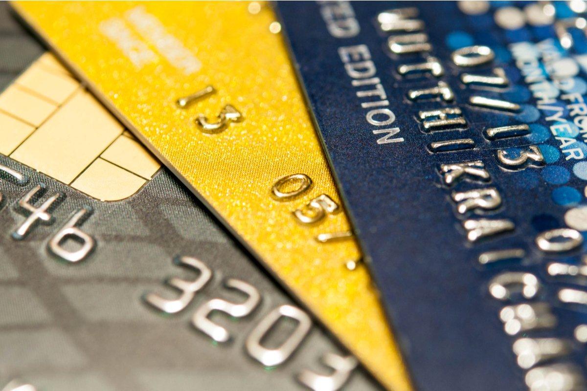 【ゴールドカード】「三井住友カード ゴールド」と「エポスゴールドカード」を徹底比較、どちらがポイントの貯まりやすいクレジットカードか