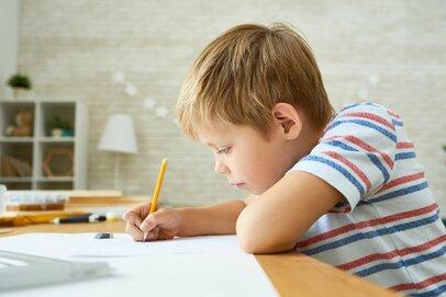 「うちの子は素直で助かる」教育虐待になってない?支配せず適度なしつけをするには