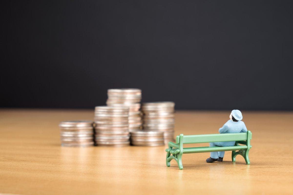 20代(単身世帯)の年金、老後資金の考え方~予想「最低生活費」と「金融資産残高」~