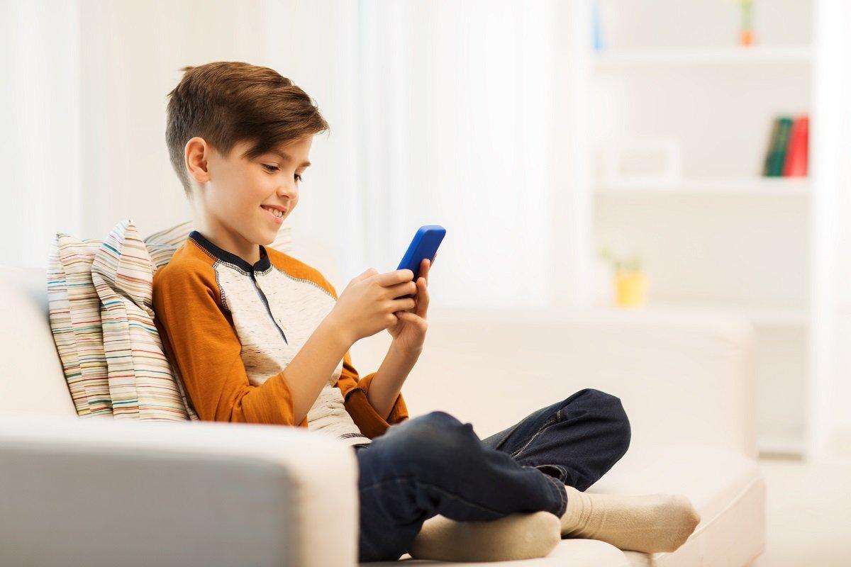 息子が「何か買うなら、まずメルカリで探せば?」 イマドキ小学生とのデジタルギャップとは
