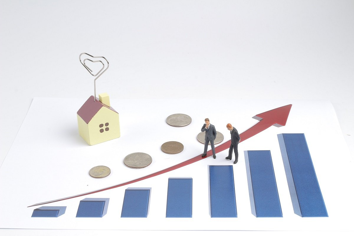 高まりつつある資産配分見直しへの意識。見直すのはどんなとき?