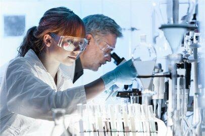 女性の一般化学工の給料はどのくらいか