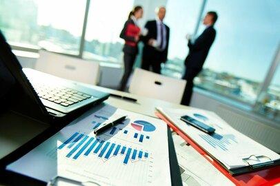 中途入社の不安と対策:異業種から金融業界に転職する場合