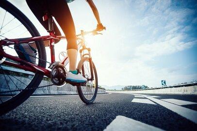 自転車、酒、その両方… 「今思い出してびっくりする若い時のバカっぷり」がどれもこれも激しい