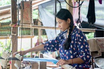 女性の織布工の給料はどのくらいか