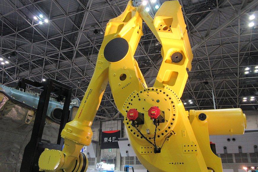 ファナックのロボット事業、新工場稼働で4強から1強へ