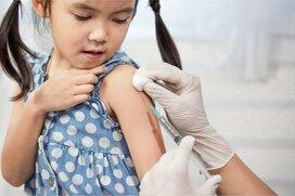 「子どもの体に毒を入れるの?」インフルエンザの予防接種を否定するママ友