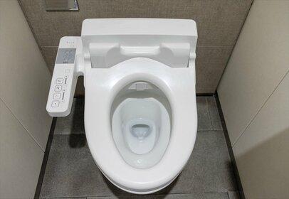 お店のトイレをタダで堂々と使うのは合理的? 常識はずれ?
