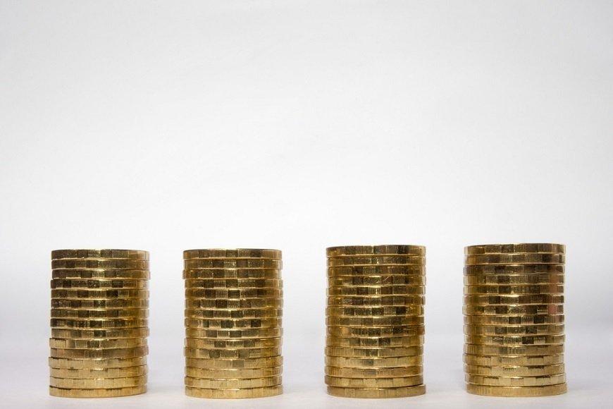 労働力不足なのに、サラリーマンの給料は上がらないのか