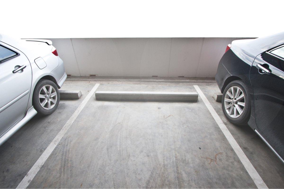 バック駐車で給料アップ…?パワハラ社長のありえない「わが社ルール」