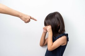 我が子に怒りをぶつける自分は毒親? 不安と罪悪感はどこからくるのか