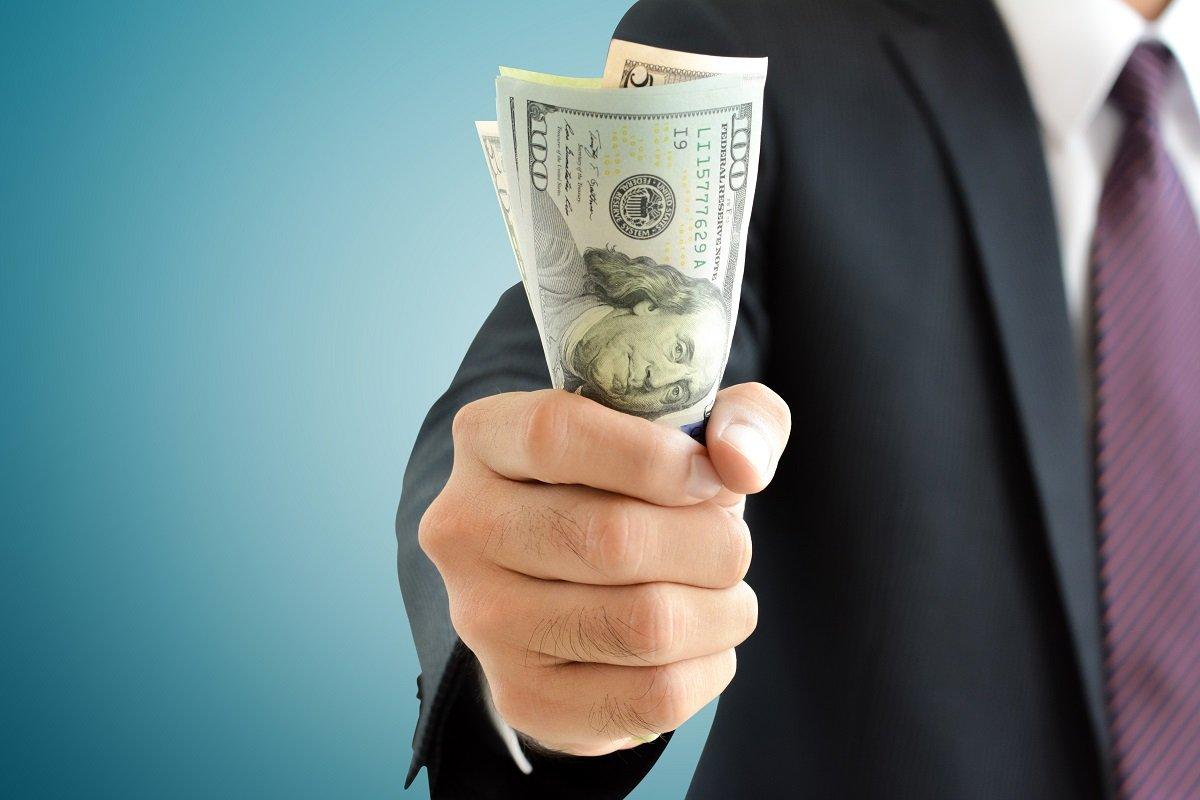 お金持ちはお金に執着する? 証券会社社員が見た「富裕層に共通する4つのこと」
