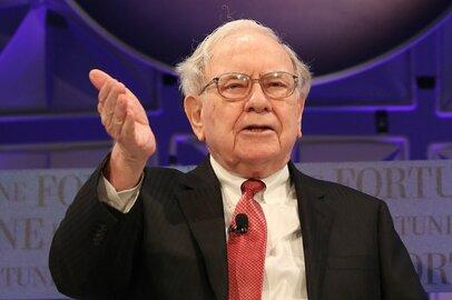 世界で最も有名な投資家ウォーレン・バフェットが日本株に投資をするならどの企業か