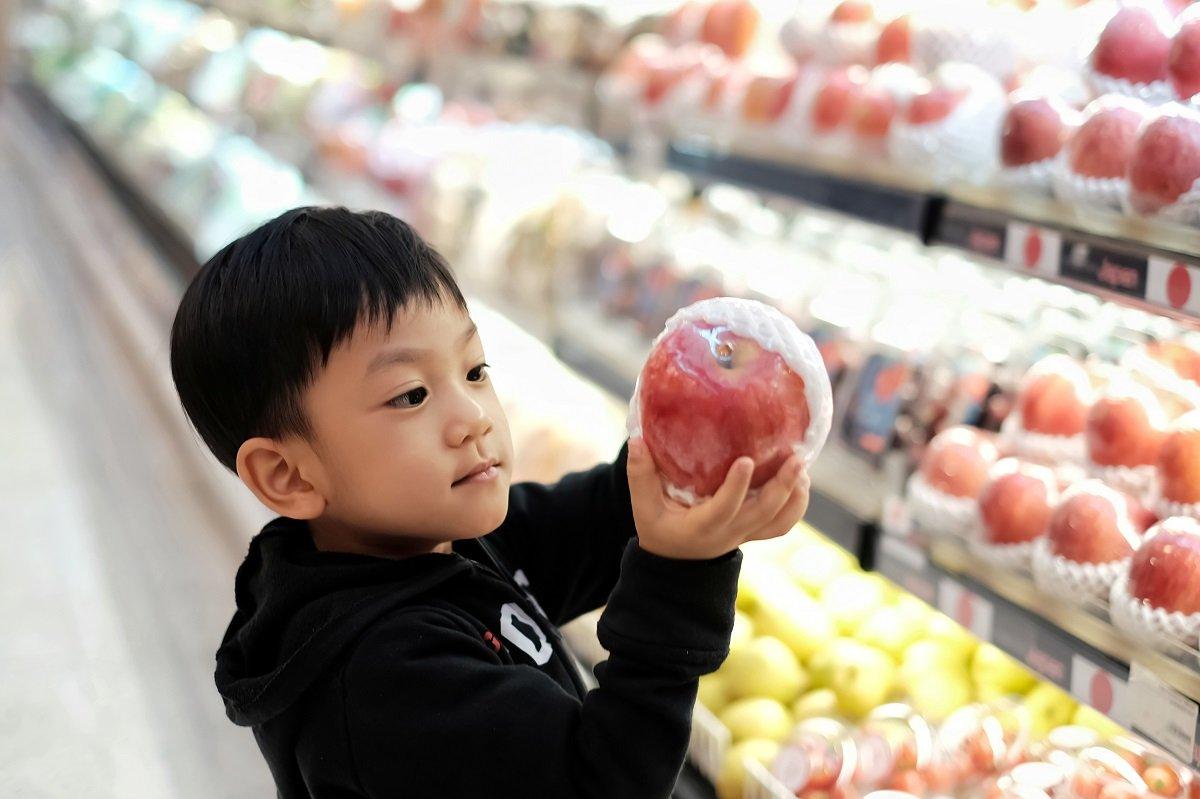 3人子育てママのスーパーの使い分け:ネットは時短と節約に、リアルは子どもの良い体験に!