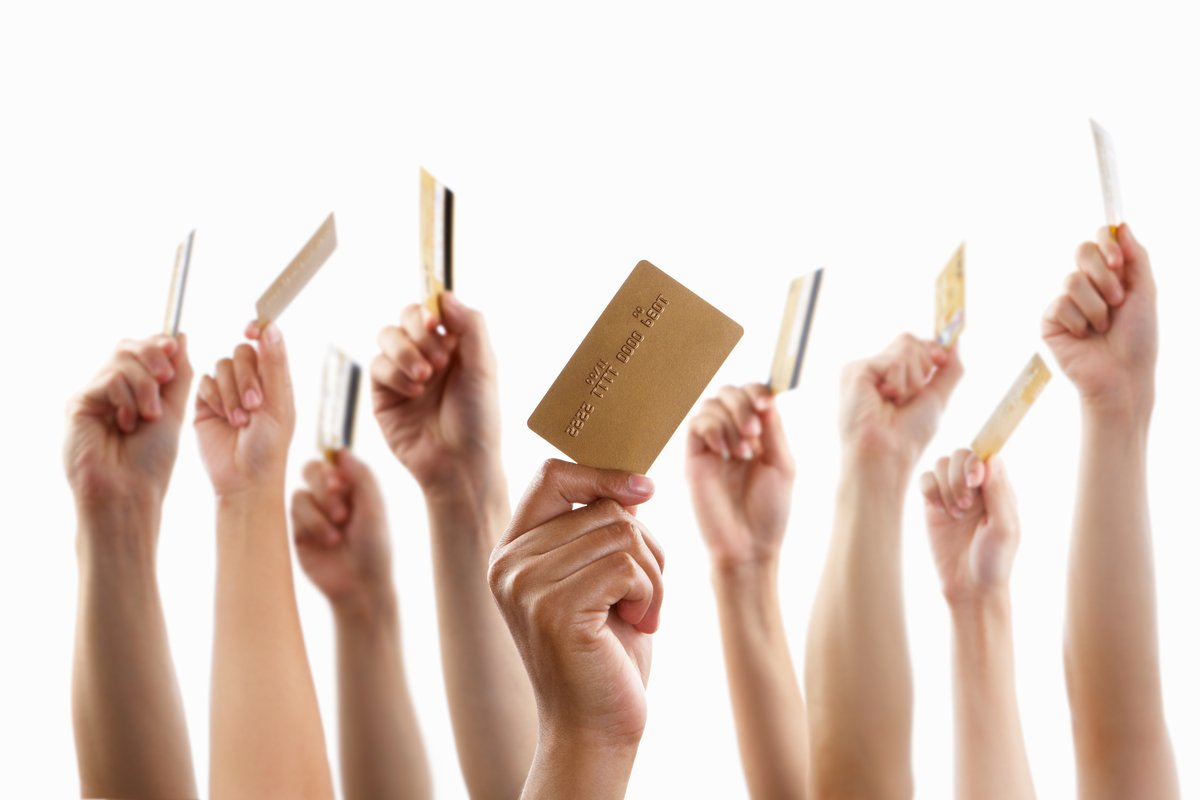 【クレジットカード】コスモ・ザ・カード・オーパスはイオンでの特典とコスモ石油が安くなる