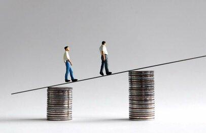 労働力不足なら最低賃金の引き上げは妥当