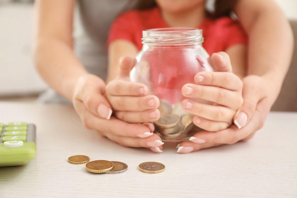 「教育費が不安」という親が7割。3組の夫婦に聞いた教育費のまかない方