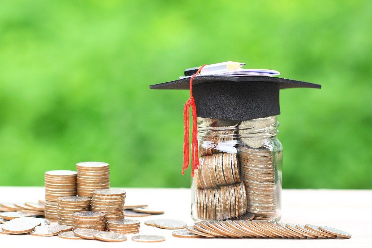 学力も学歴もお金次第…経済格差による学歴固定化が進む日本社会