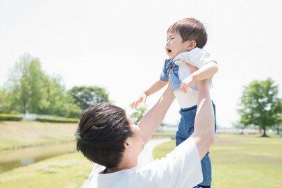 子どもに悪影響じゃないの?「我が子に対しても無口な夫」が不安すぎる