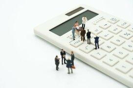生涯年収に与える影響、企業規模or転職どちらが大きい?