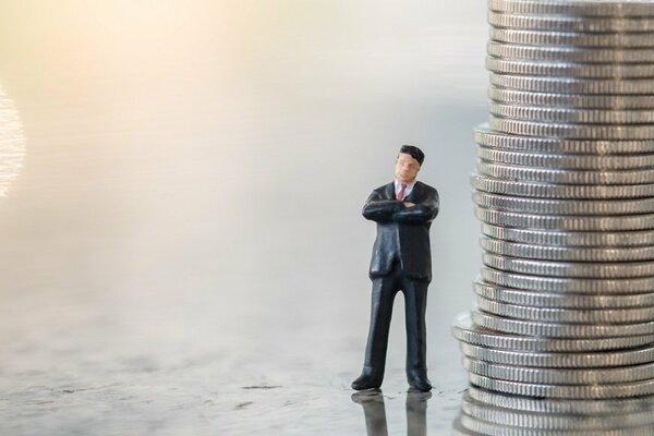 サラリーマンでもお金持ちになれる? 高収入を狙える業種は何か