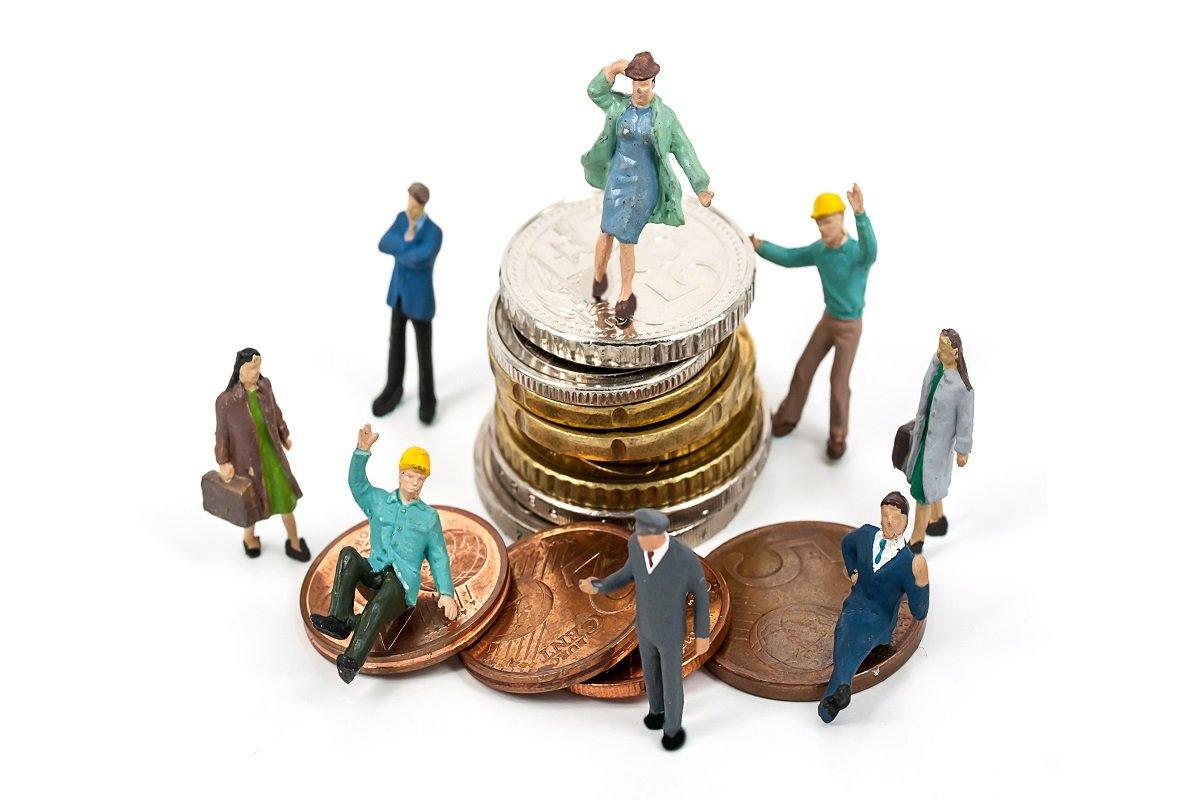 余裕資金を投資に使う人が増えている~投資志向が特に強まった年代は?