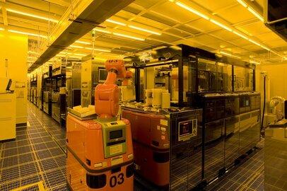 三菱電機、シャープから福山工場の一部を取得