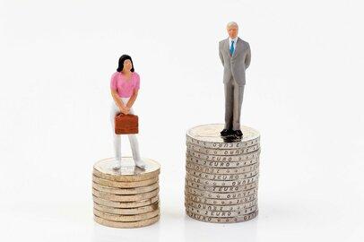 職場の古い意識にゲンナリ…「お給料」「キャリアアップ」に男女格差の壁