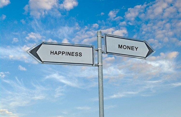 お金で幸せを買うことはできるのか