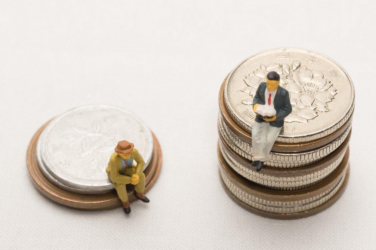 60歳の貯蓄100万円未満が増加。二極化はどこまで進んでいるか
