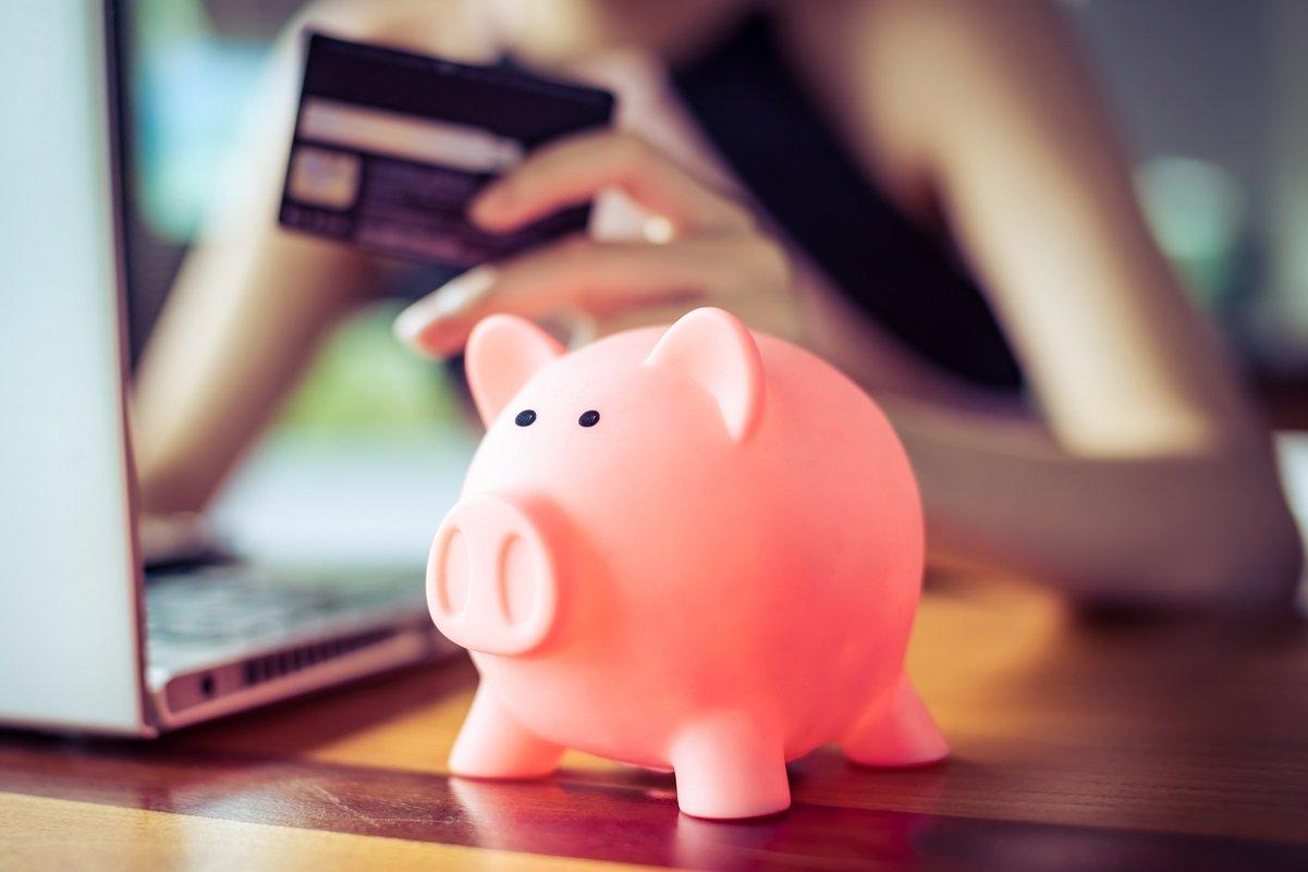 一人暮らしの生活費とお金のプロに聞く「貯まる」お金の使い方