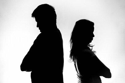 残業時間と夫婦仲の密接な関係 「一番忙しい時間に夫がいない…」