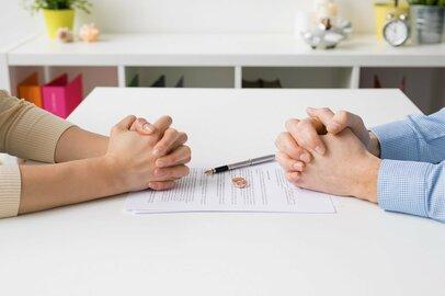 夫婦がお金で揉めるのは離婚の前触れ? 不安でも別れたい!と思ったらするべきこと
