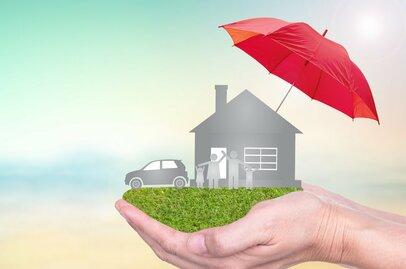 貯蓄型保険ってなに?20代〜60代それぞれ年代別の堅い活用法<br />