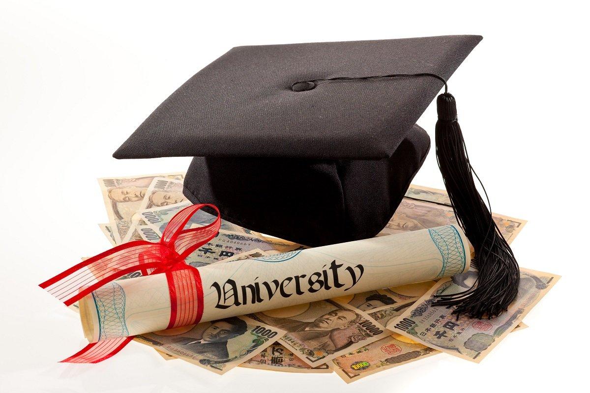 シングルマザーの教育費計画。大学無償化、児童手当、塾の助成も