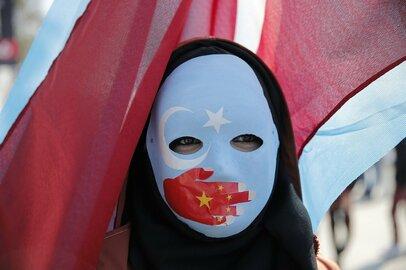 日本企業は中国の人権問題にどう対処すべきか。ナイキなどに不買運動