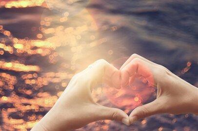 【小林 明美の星占い】開運月となる2月。あなたの「開運・金運・愛情運」を開くポイント