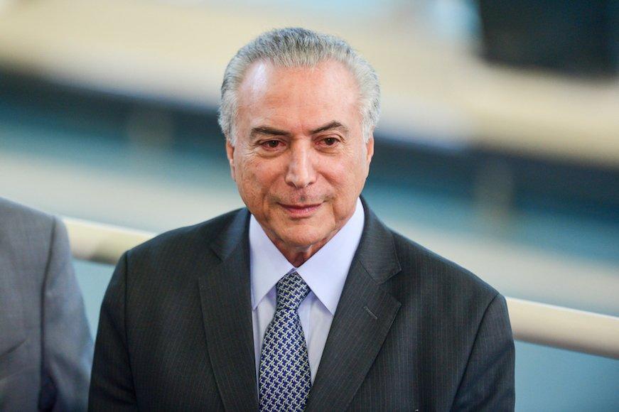 ブラジル市場が株式・債券・通貨のトリプル安、今後の見通しは?