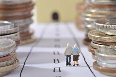 「長生きリスク」に備える長寿年金保険の損得勘定