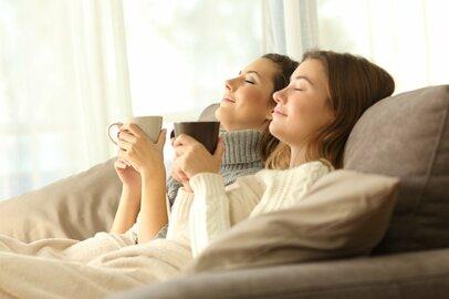 【快適おこもり】家でカフェ気分!ニトリ・セリアの高コスパ「食器5選」
