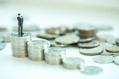株式投資で成功するために必要な資格はあるのか?