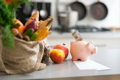 60代の貯蓄、100万円未満は5世帯に1世帯。定年後の暮らし、どうする?
