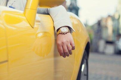 富裕層がしている「お金から愛される」引き寄せの法則とは?3つの共通点