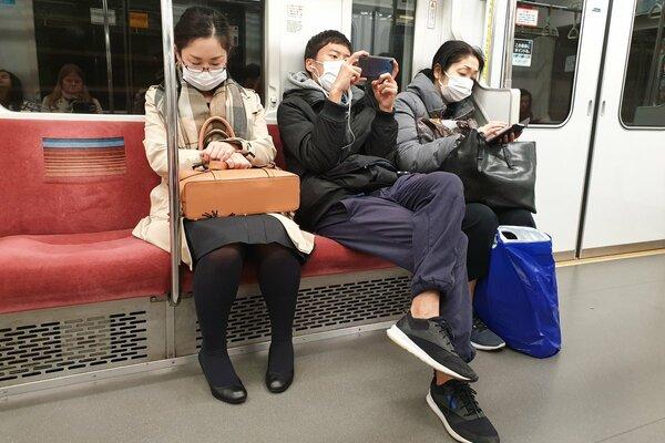 モラル上でのマスク利用。今考える「公共の場での配慮」