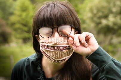 蒸れるマスク…の代用品でヒット中!しまむら「649円涼感ネックガード」抗菌、防臭、UV機能付
