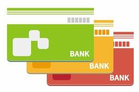 加速する収益力低下。日本の銀行も口座維持手数料導入へシフトか