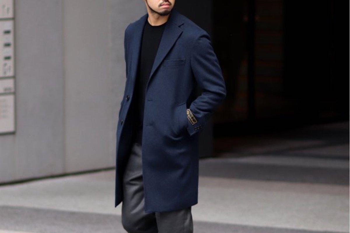 スーツスタイルに合わせるコート。大人におすすめのキレイめコート4選