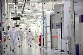 国内企業がシェア9割、半導体製造の重要材料「フォトレジスト」