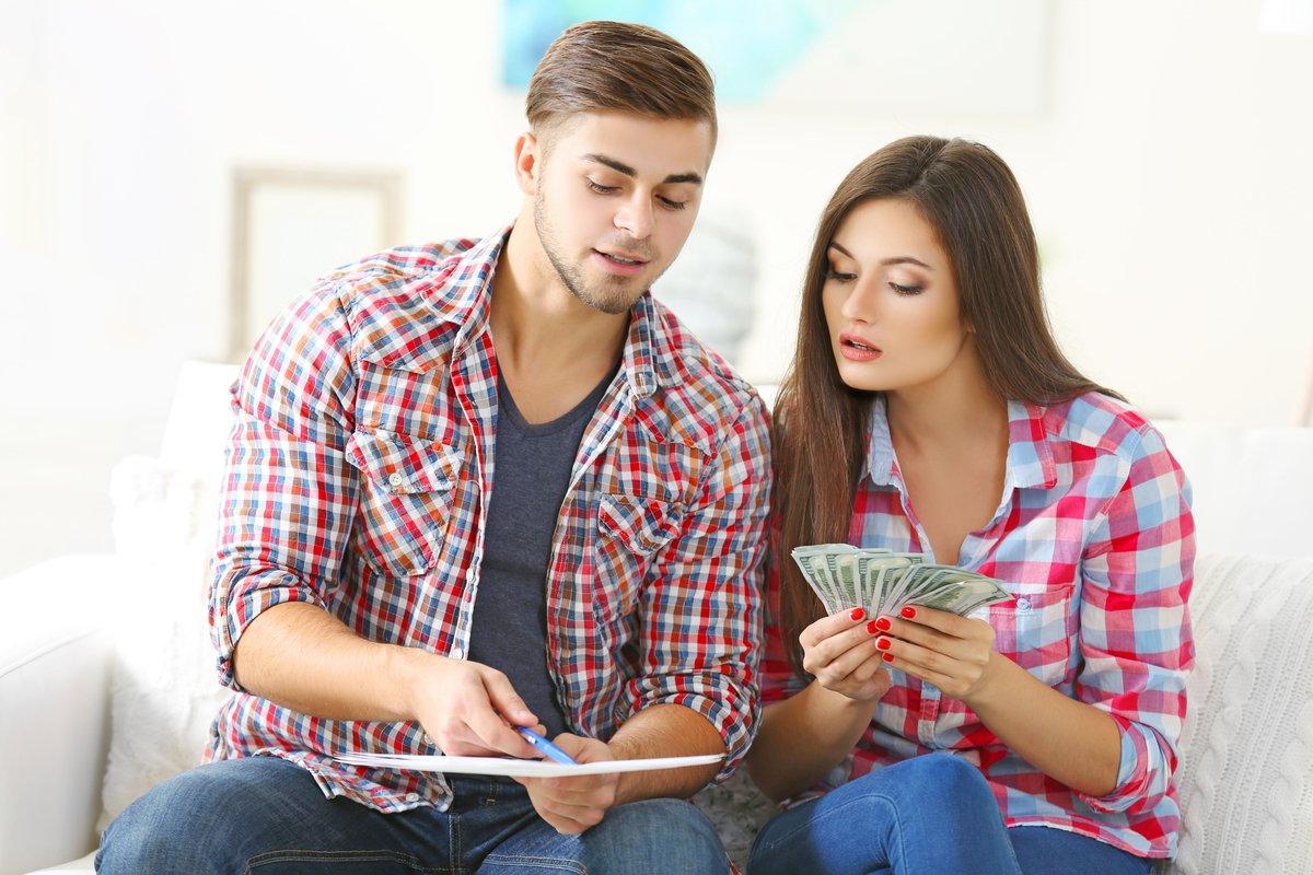 「いまどき20代の金銭感覚」年収いくらあれば結婚したい?